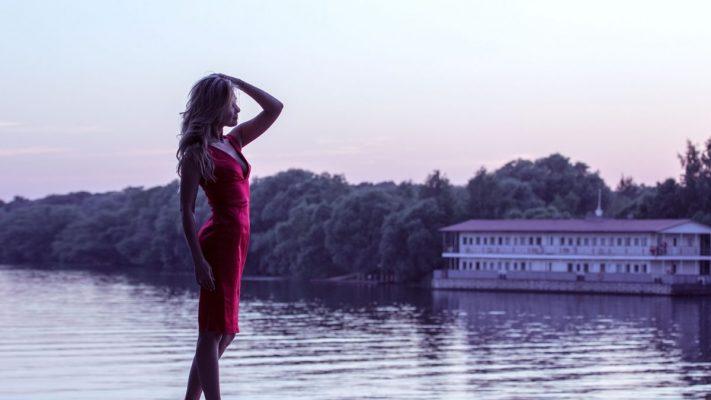Choisissez la robe de cocktail parfaite pour votre type de corps